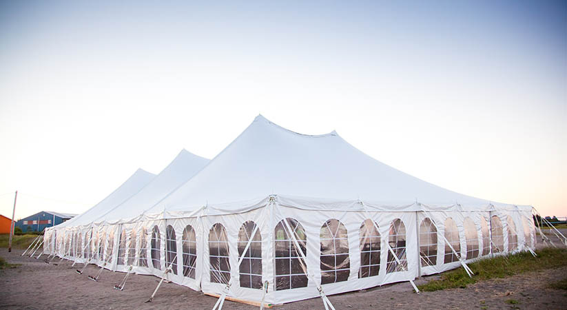 How to get flexible rental packages on wedding tents?