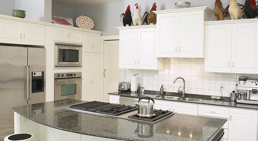 What are the materials commonly used for a kitchen countertop?